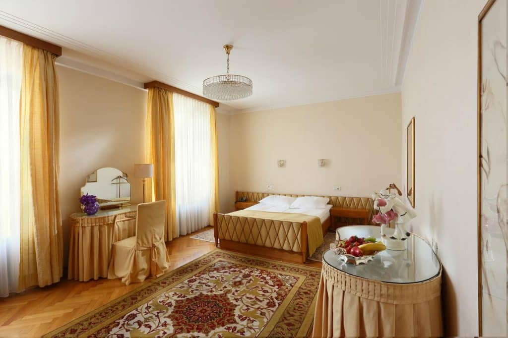 Lake Bled wedding accommodation Vila Bled room