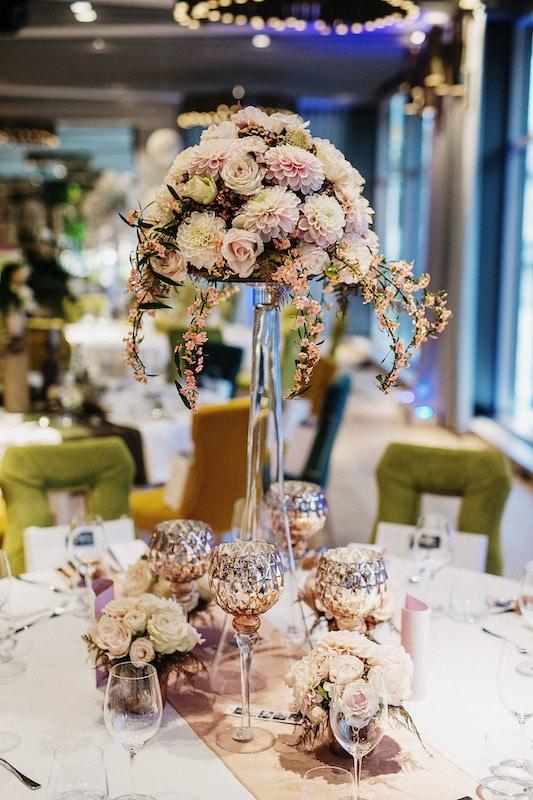 Bled Rose hotel wedding flowers