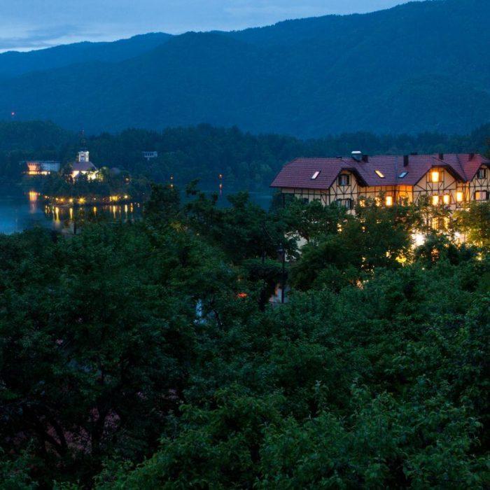 Hotel-z-okolico-hotel-triglav
