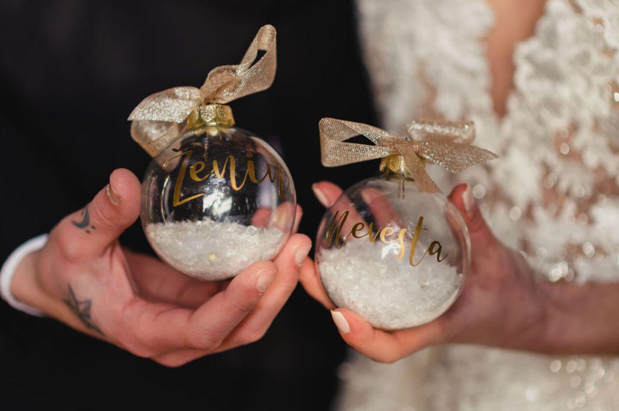 Snow ball bride and groom.