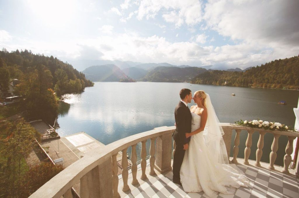 Wedding couple with the lake view.